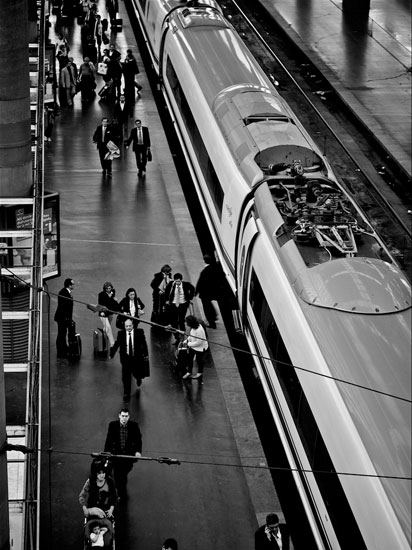 Estación de Atocha en blanco y negro | Foto de Alex Berlin (Flickr)